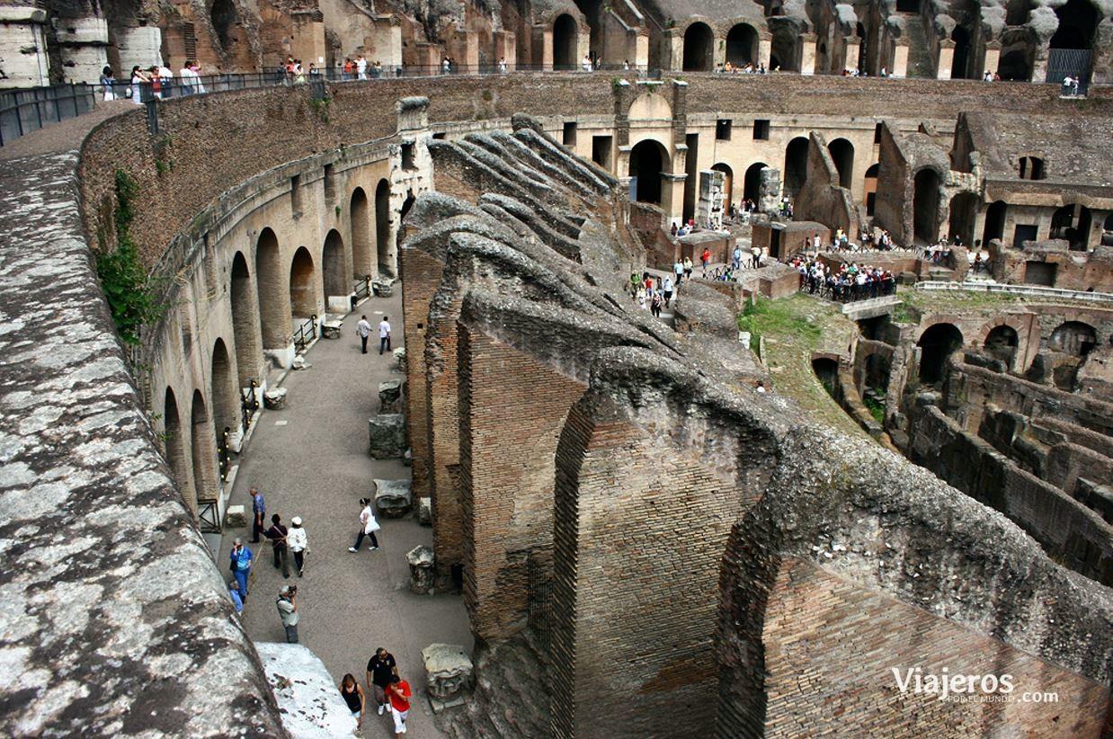 Interior del Coliseo romano