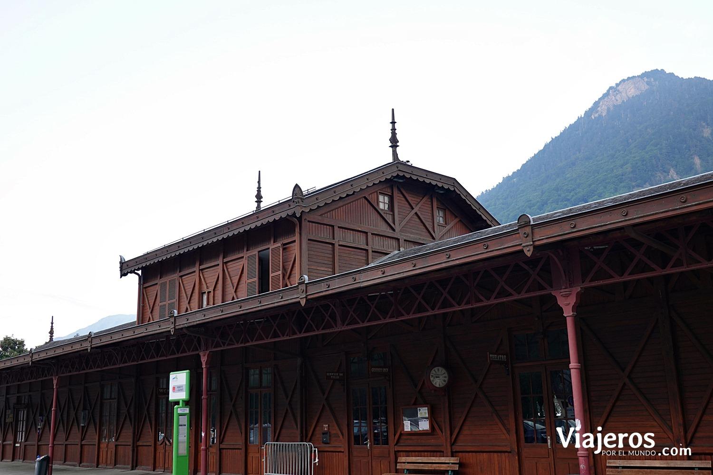 Antigua estación de tren Cauterets viajeros por el mundo