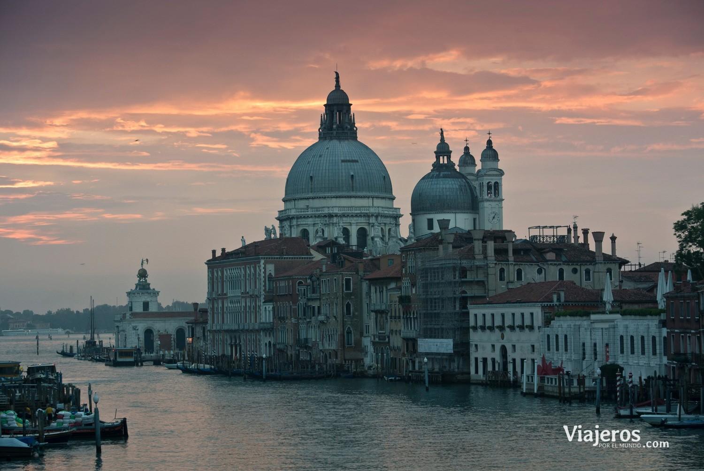 Atardecer en el Canal de Venecia