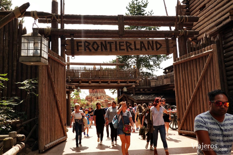 Entrada a Frontierland