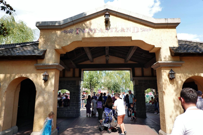 Entrada a Fantasyland