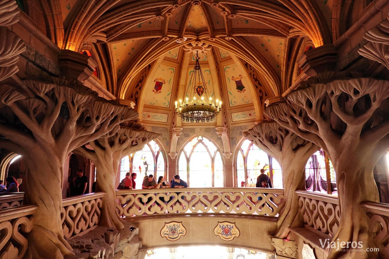 Interior del Castillo de la Bella Durmiente