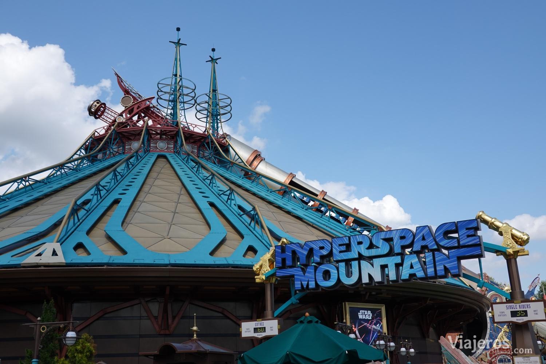 Atracción Hyperspace Mountain en Discoverland