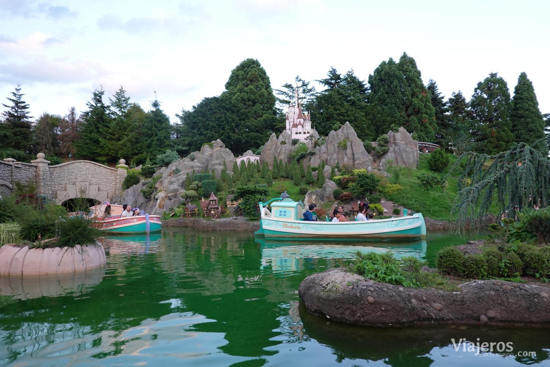 Atracción Le Pays des Contes de Fées en Fantasyland