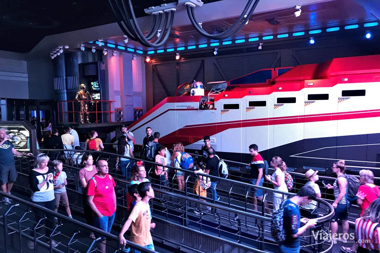 Atracción Star Tours en Discoverland