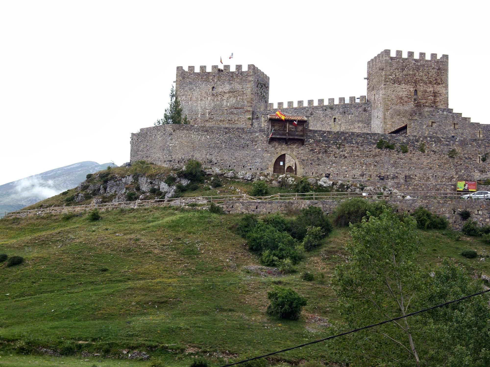 qué ver en Cantabria Castillo de Argüeso