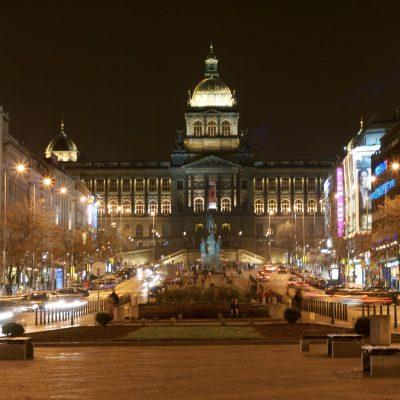 Plaza de Wenceslao, unión de historias