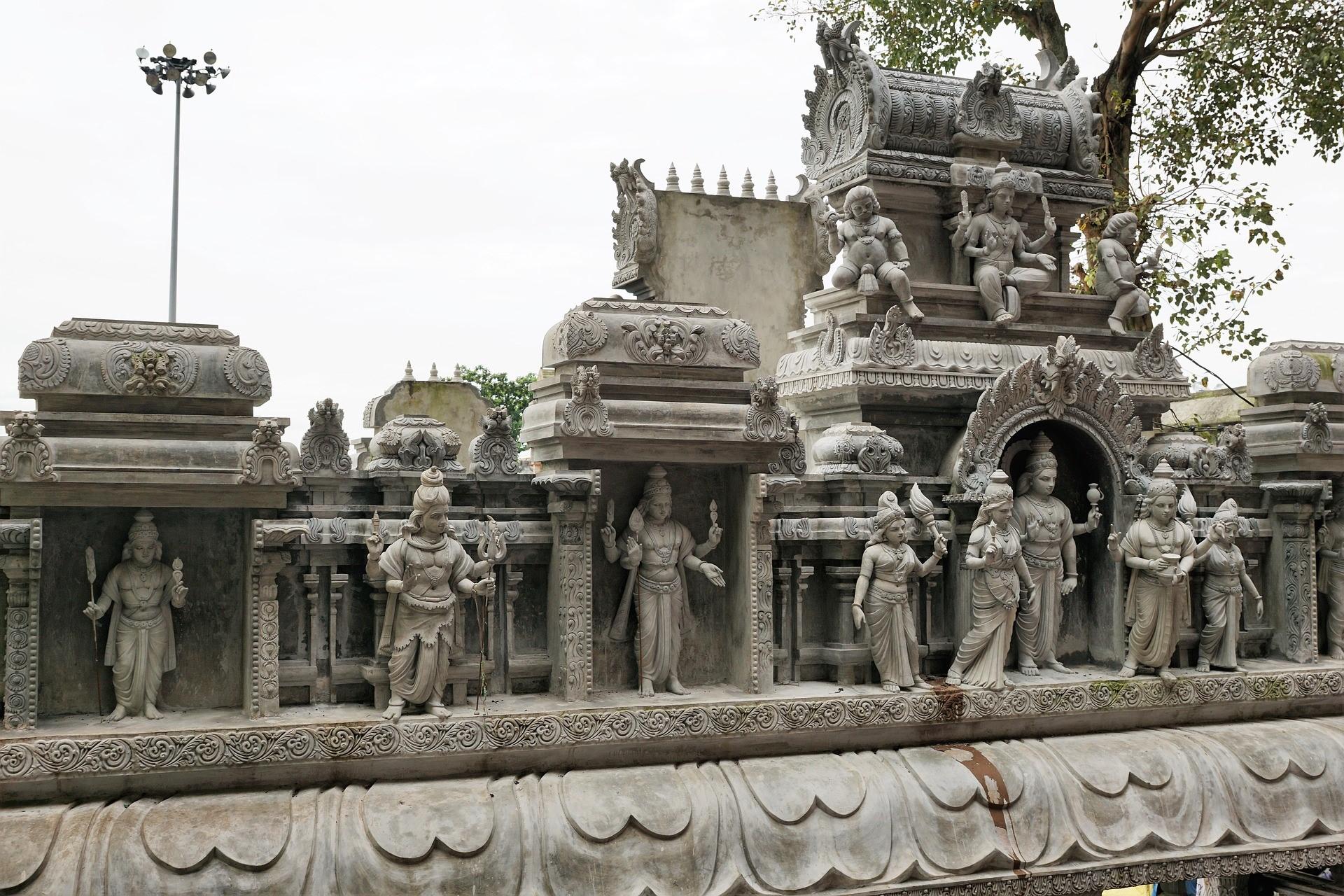 Cuevas de Batu, santuario hindú en Malasia - Viajeros por el Mundo
