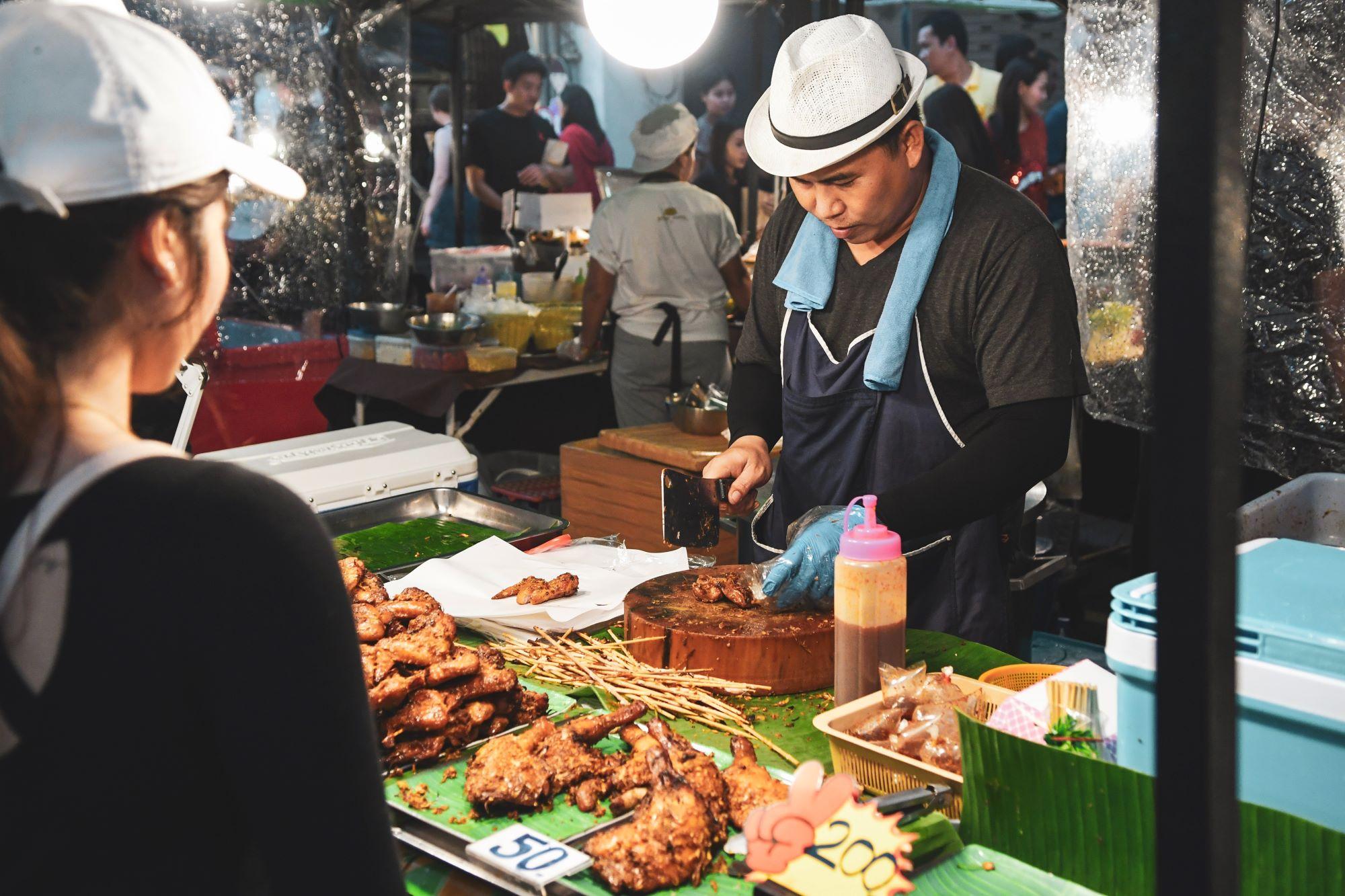 qué ver en Phuket Mercado de fin de semana