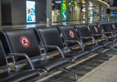 Covid-19, países más y menos seguros para viajar