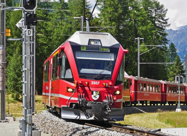 Viaje en tren Bernina desde Milán