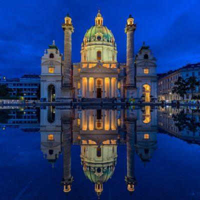 Iglesia de San Carlos, Viena