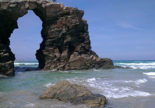 ¿Cómo reservar para visitar la Playa de las Catedrales en Galicia?
